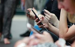 华为失去高端手机,中国产业链怕失去苹果