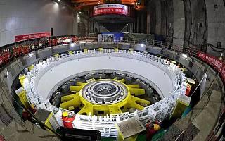 """堪称""""巨型印钞机"""",白鹤滩水电站投产"""