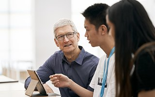 十年库克:苹果后乔布斯时代的掌门人